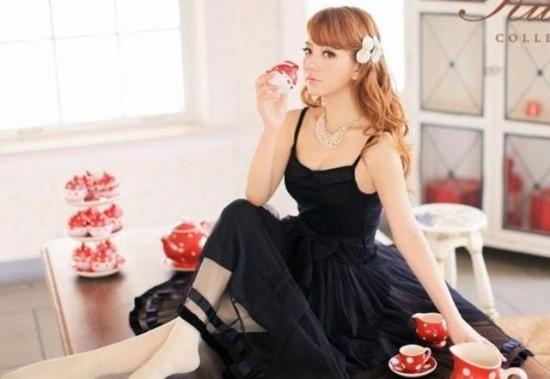 50岁郭富城小23岁嫩模新女友曝光 神似杨颖是个自拍狂(图)