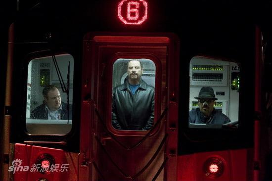 资料图片:电影《地铁惊魂》精彩剧照(30)
