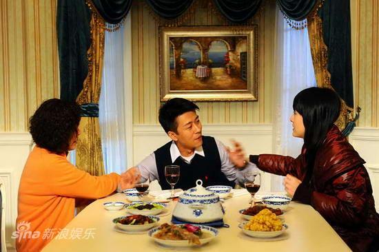 资料图片:电视剧婆婆来了精彩剧照(15)(550x366) 问:婆婆来了 方鸿俊