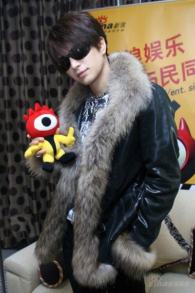Gackt欲在中国办演唱会运动狂人每天仅睡2小时