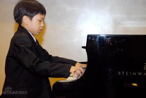 资料图片:施坦威青少钢琴比赛-香港赛区(3)