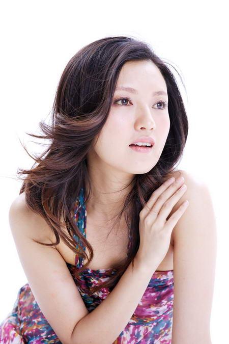 资料图片:国家话剧院女演员--傅晶