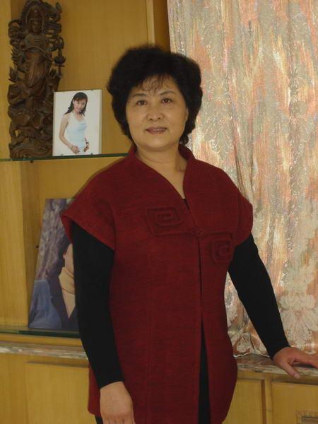 资料图片:国家话剧院女演员--雷瑞琴