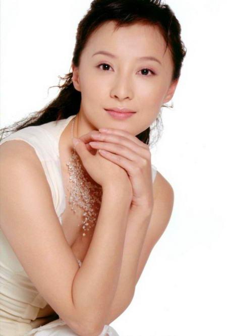 资料图片:国家话剧院女演员--徐路