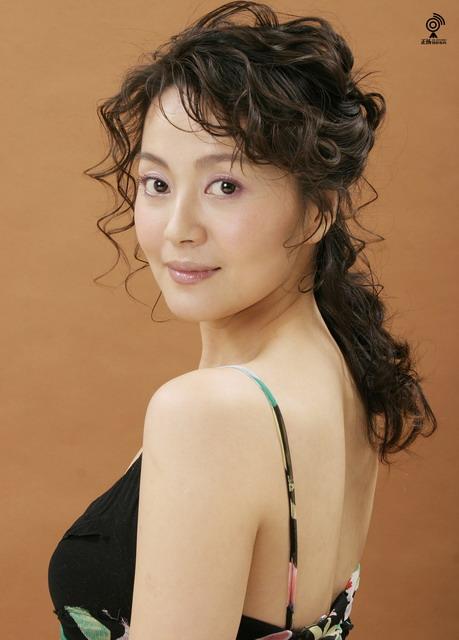 资料图片:国家话剧院女演员--刘赫男