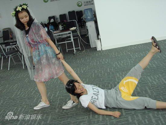 资料:儿童剧《电池小七》排练照(2)