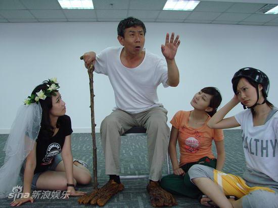 资料:儿童剧《电池小七》排练照(13)