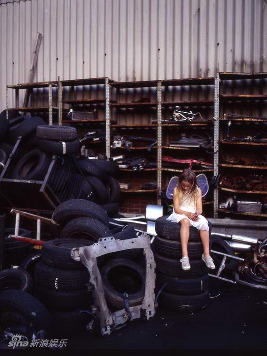 资料:话剧《孑孓之家》剧照-汽车工厂中的白衣天使