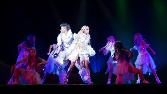 大型魔幻歌舞音乐剧《罗丝湖》