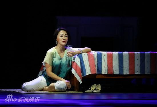 王姬投入演出