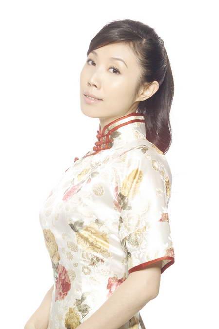 胡靖钒被推选最像张爱玲笔下女子(组图)