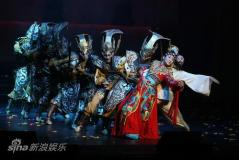 李玉刚版贵妃醉了悉尼个唱展完美中国画卷(图)