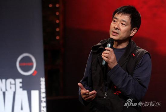 图文:2009青年戏剧节开幕-北京戏剧家协会主席濮存昕