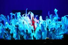 《图兰朵》鸟巢首演多媒体光影艺术震撼观众