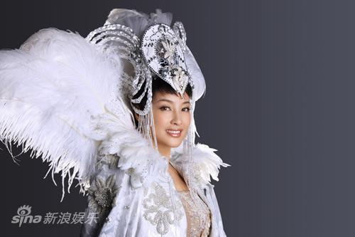 图文:《阿房宫赋》刘晓庆写真-迷人微笑