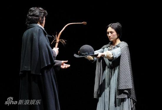 图文:袁泉产后复出-简爱与罗切
