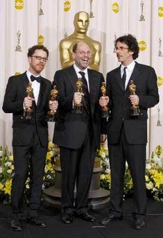 详讯:《老无所依》获得最佳影片奖