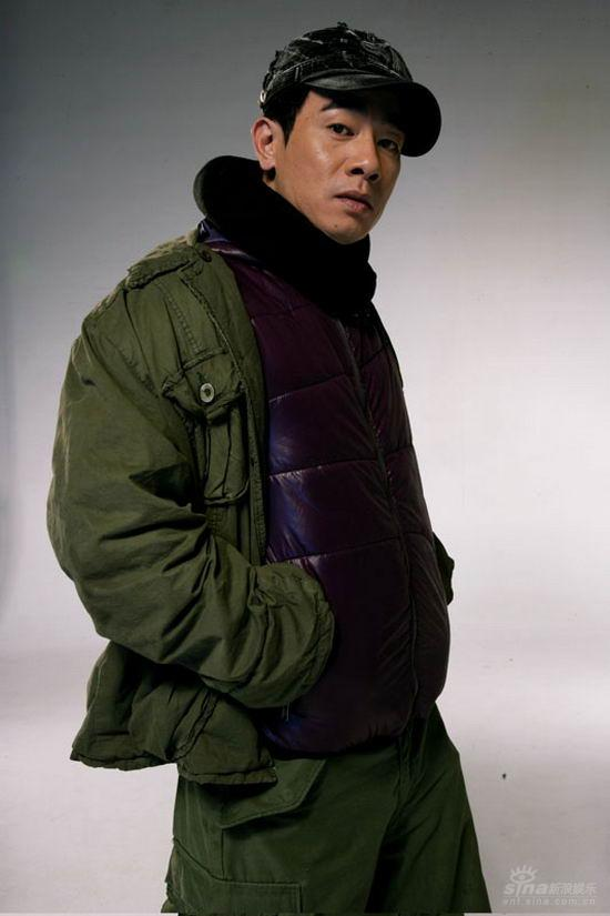 资料图片:电影《精舞门》陈小春造型照