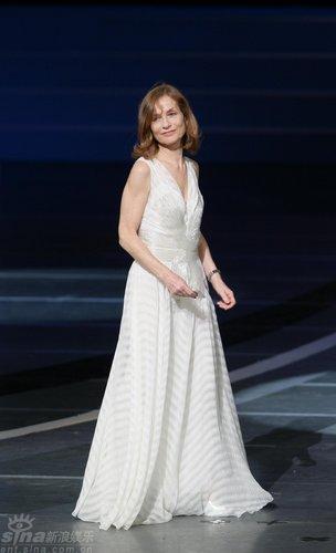 详讯:杰出电影艺术贡献奖授予伊莎贝尔-于佩尔