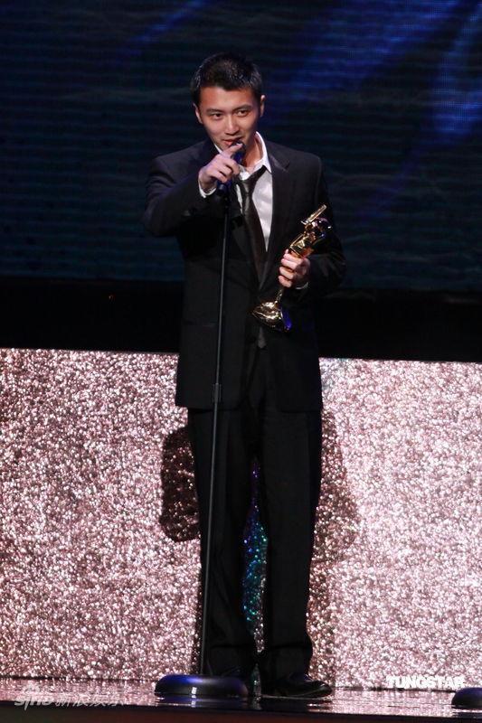 详讯:谢霆锋凭借《十月围城》获最佳男配角奖