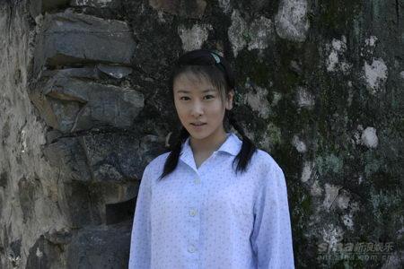 毛俊杰杭州宣传《命呼》知性优雅展现动人风采