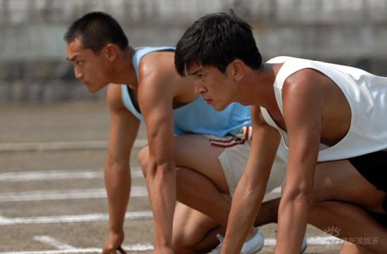 郭家铭拍摄《奥林匹克》险毁容导演落泪(图)