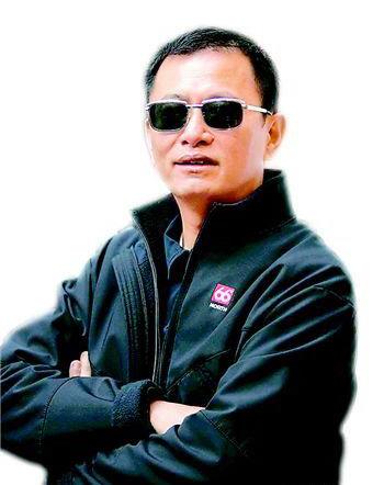 王家卫接替已故主席明格拉出任上海电影节主席