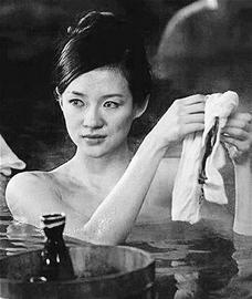 章子怡退出《雪花与密扇》传与男友难复合