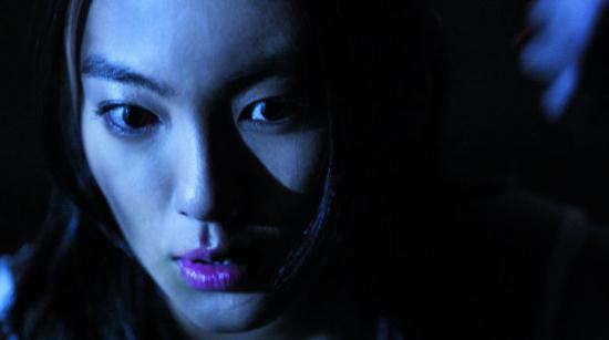 《荒村公寓》8月上映张雨绮首演惊悚片很兴奋