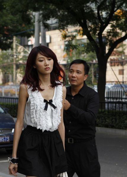 北京美女--李斯羽:这个身高180cm的超模将本片作为