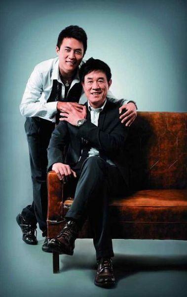 杜淳和父亲杜志国