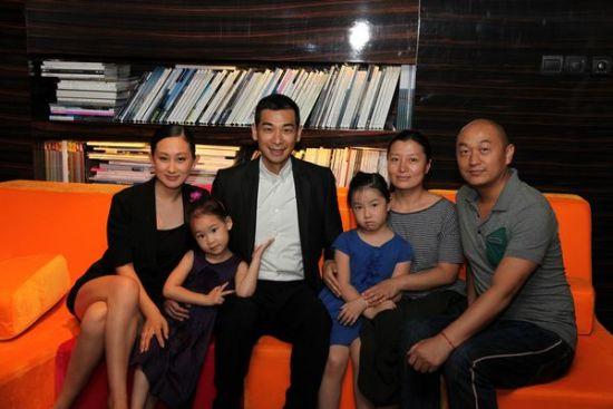 赵文卓和张丹露的女儿紫阳的首度公开正式曝光