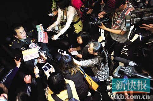 主办方说不少一线电影创作人员都踊跃表示来参加本届电影节,不过事实上却是电影节第一天唯一让记者觉得还有
