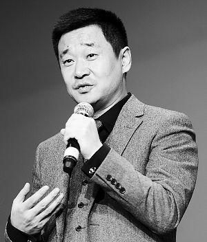 王景春说,演完《警察日记》中的局长,脾气都长了。 早报记者 兰卉 图