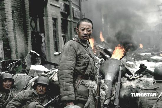 组图:《集结号》被国际影坛认同国内疯狂叫座