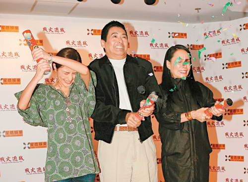 组图:周润发夫妇亮相《黄石的孩子》香港首映