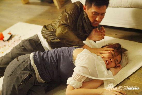 张家辉与谢安琪拍摄激烈戏份