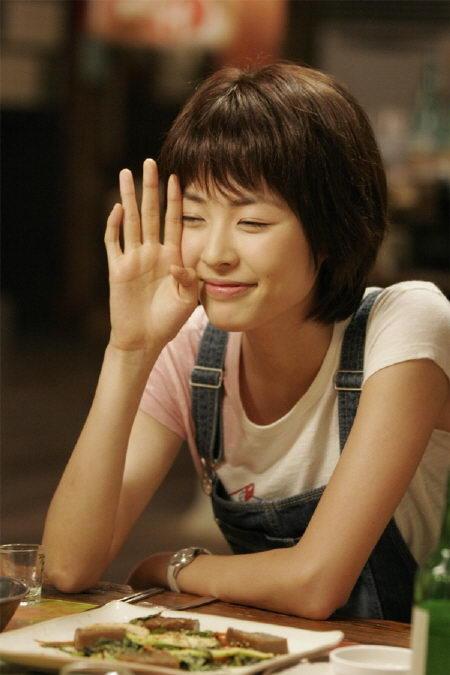 宝儿MV片段现《我的爱》献声助好友李妍熙(图)