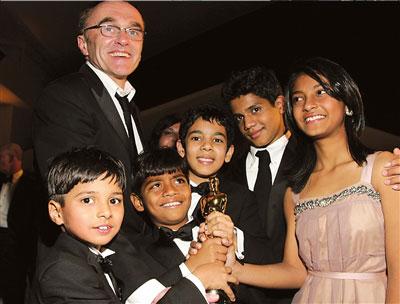 《贫民富翁》下月内地上映印度风席卷奥斯卡