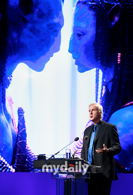 卡梅隆计划用3年时间制作《阿凡达》续集(图)