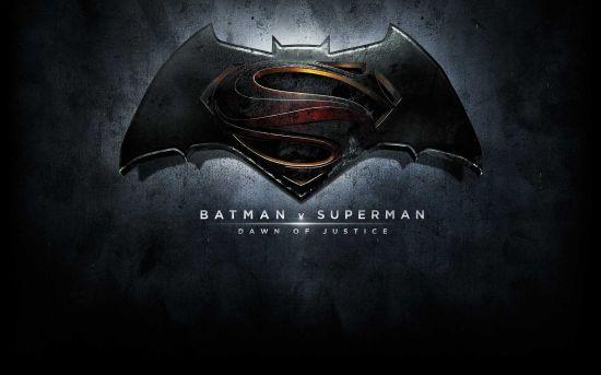 《超人大战蝙蝠侠:正义黎明》LOGO