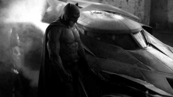 《蝙蝠侠大战超人》提前上映避《美队3》|蝙蝠侠大战超人|美国队长|冬兵_