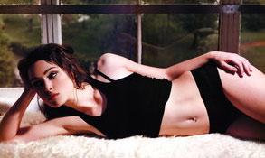 凯拉-奈特利:好莱坞颁奖季节的热门人物(组图)