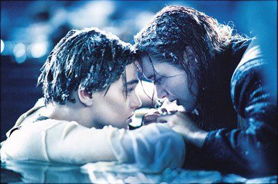 《泰坦尼克号》杰克露丝生死别离场景感人