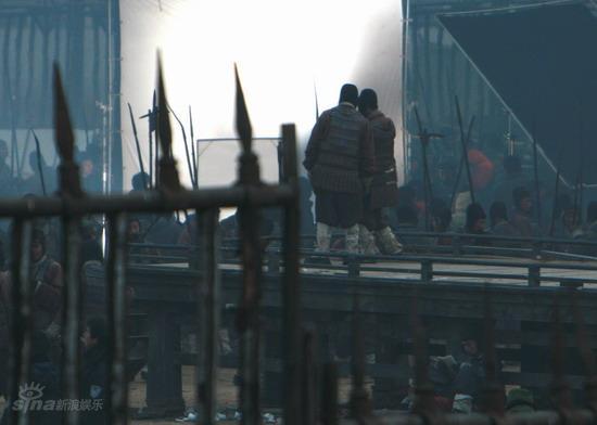 图文:《赤壁》收官大战--拍摄间隙