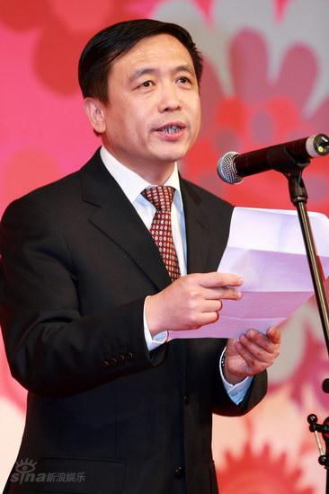 图文:大学生电影节--广电总局电影副局长张宏森