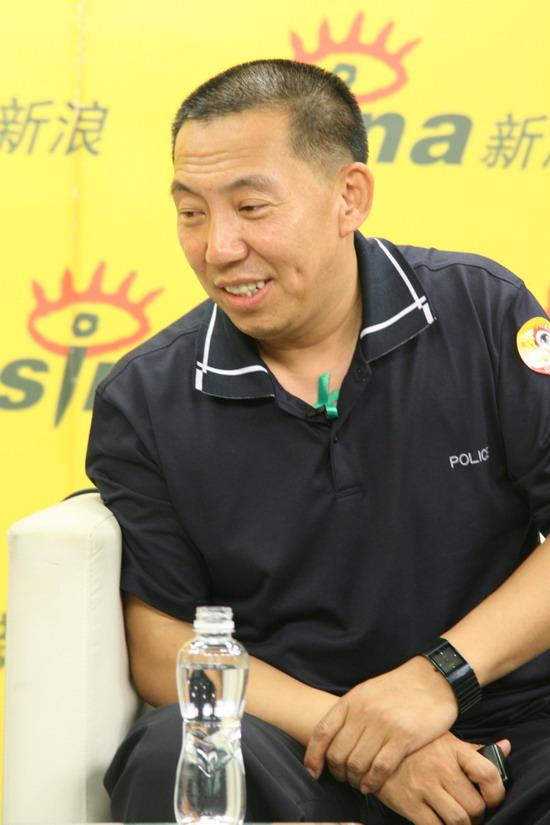 图文:《千钧一发》主创做客-马国伟曾经是片警