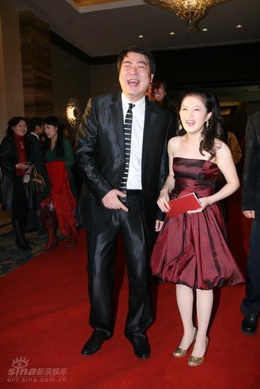图文:西影五十华诞庆典红毯--金铭与高亚麟