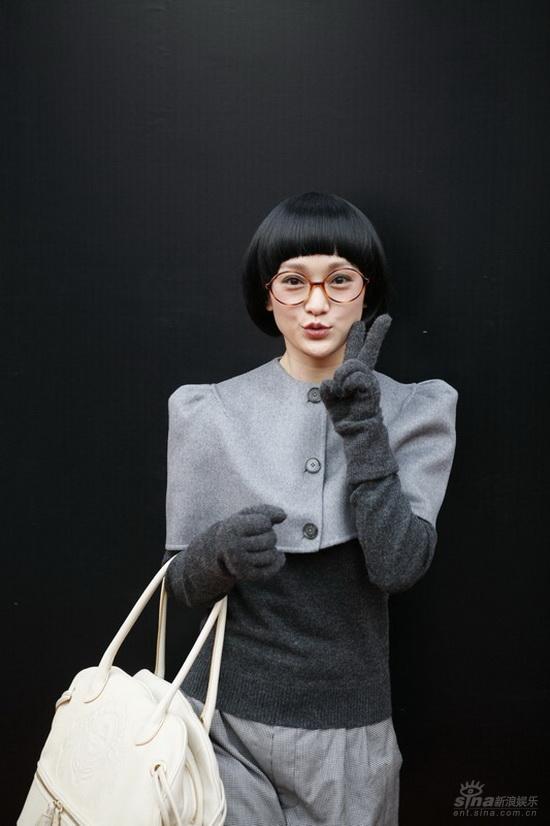 图文:《女人不坏》首映--似片中欧泛泛