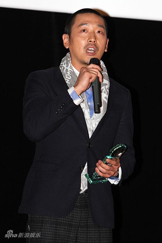 感言:韩国大学生电影节举行--河正宇带有外国名字发表幻的电影图文图片